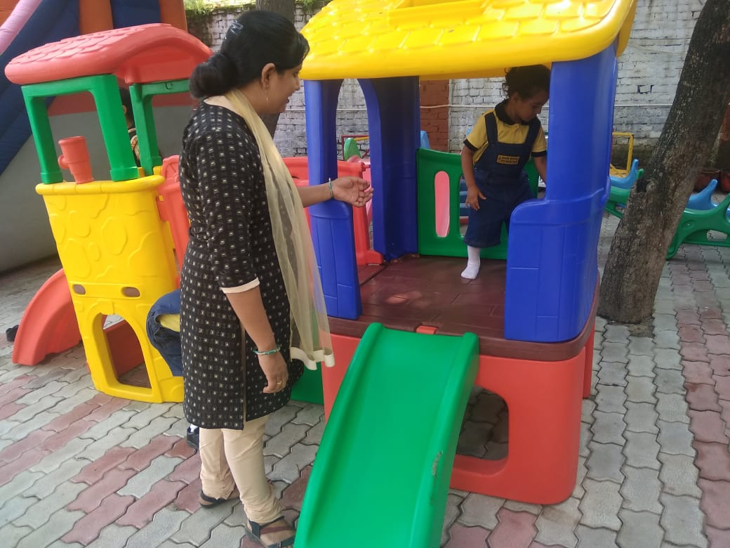 KIDS FUN LEARNING ACTIVITES